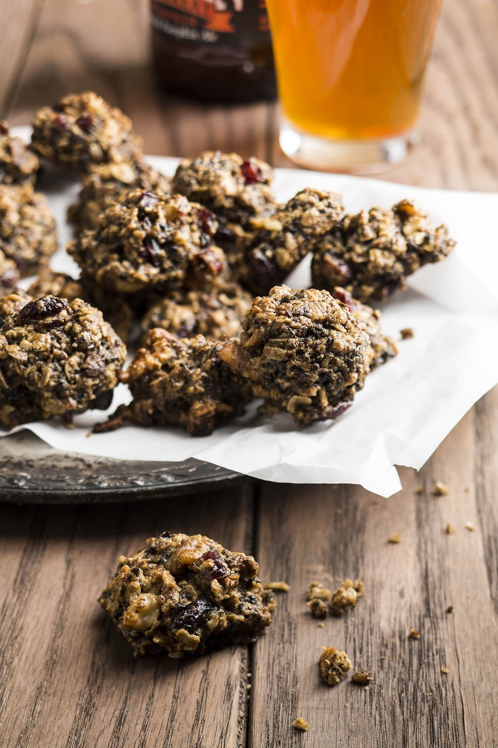 Oatmeal cranberry spent-grain cookies