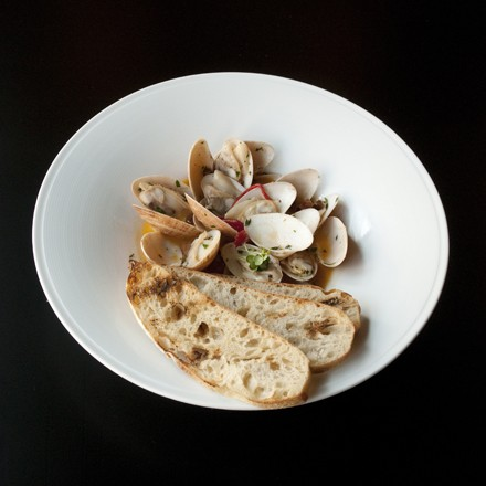 Outstanding sunray venus clams in an absinthe-spiked broth