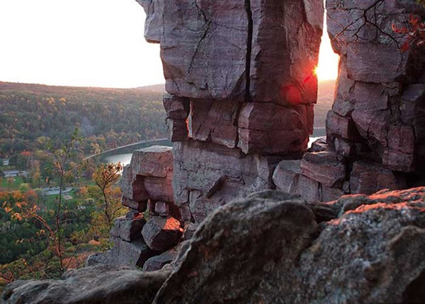 Quartzite bluffs overlooking Devil's Lake - COURTESY TRAVEL WISCONSIN (BLUFFS)