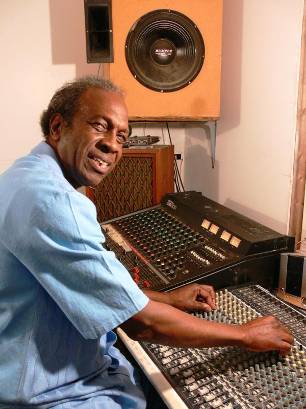 Ralph Soul Jackson in home studio