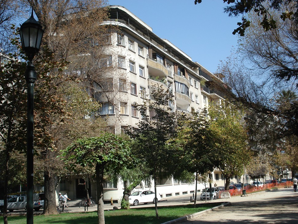 The apartment building on Monjitas, from Parque Forestal