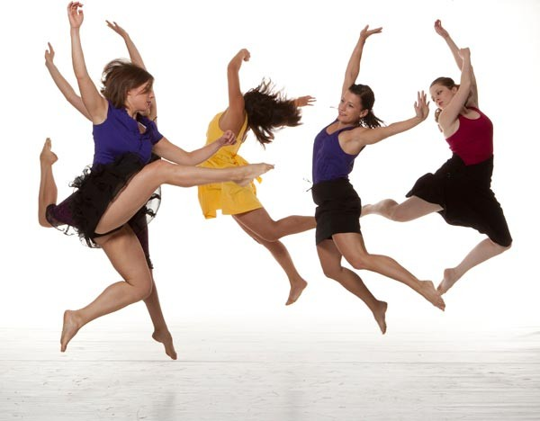 dancecolective1_pic-by-william-frederking_magnum.jpg