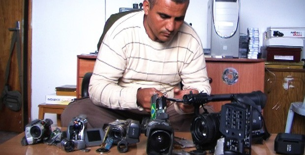 The Palestinian documentary 5 Broken Cameras is one of this weeks recommended movies.