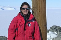This week's Chicagoan: Emily Stone, former resident of Antarctica