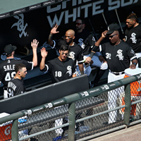 The White Sox clubhouse is reportedly full of drama and other Chicago news