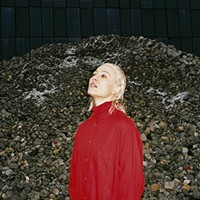 Cate Le Bon settles into her pleasant weirdness on <i>Reward</i>