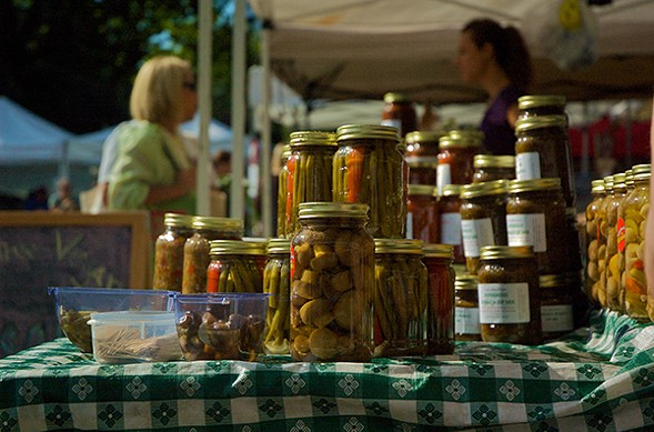 Items for sale at the Green City Market - TOM CAMPONE VIA FLICKR
