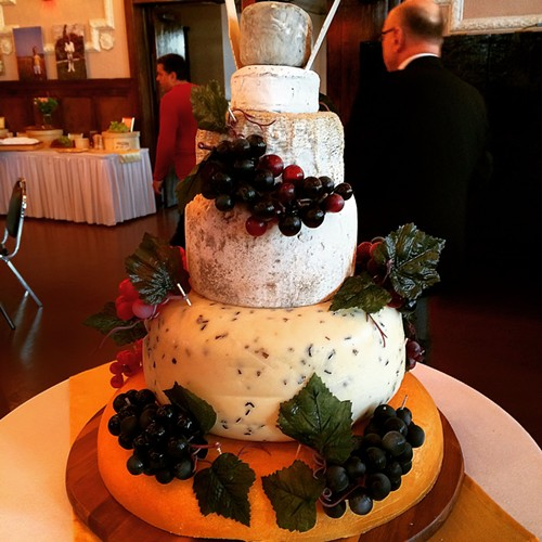 The cake, Great American Cheese Collection - MIKE SULA