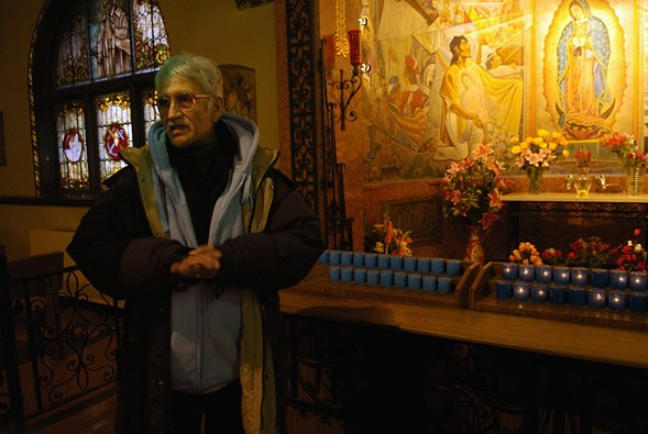 Guerrero shows off a mural inside Pilsen's Saint Pius Church in 2008. - (JOHN J. KIM/CHICAGO SUN-TIMES)
