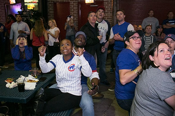 Cubs fans at Murphy's Bleachers react to game three of the National League Championship Series. - ASHLEE REZIN/FOR THE SUN-TIMES