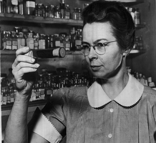 """A vintage photo from 1941 with the vintage caption """"Katharine Blodgett, one of the world's few 'big-shot' woman scientists."""" - SUN-TIMES PRINT COLLECTION"""
