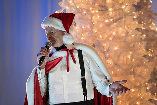 Bill Murray isn't about sappy holiday specials. - NETFLIX