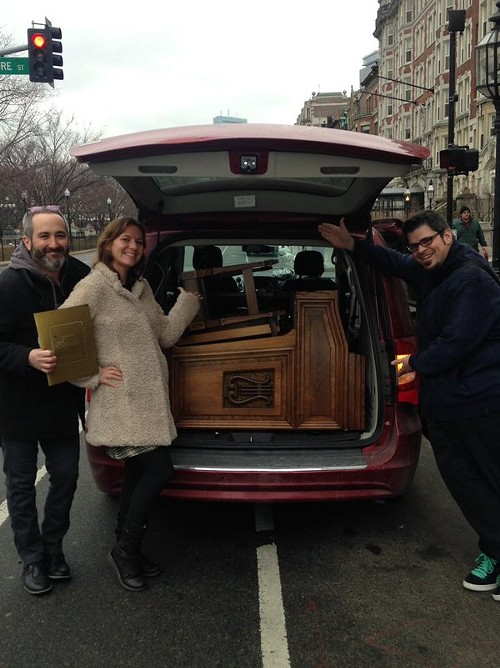 Nancy Faust's Hammond organ—which barely fit into the rental van—arrives in Boston. From left to right: Gerald Dowd, Freda Love Smith, and Chicago musician and sports journalist Matt Spiegel. - COURTESY OF JOSH KANTOR