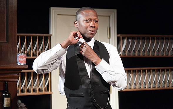 Manny Buckley in American Blues Theater's Looking Over the President's Shoulder - JOHNNY KNIGHT