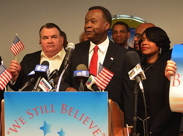 Willie Wilson, with his wife, Janette, announced his presidential run in 2015. - MITCH DUDEK/SUN-TIMES