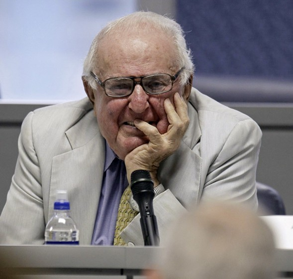 Abner Mikva, photographed in 2009 - AP PHOTO/M. SPENCER GREEN, FILE