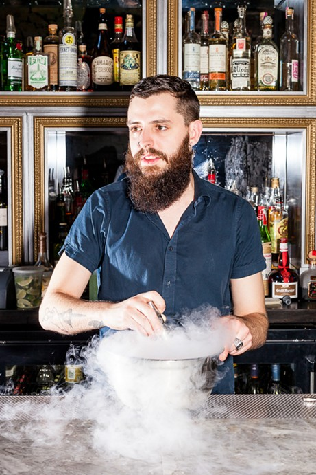 Bartender mixing the Fraise d'Amor - NICK MURWAY