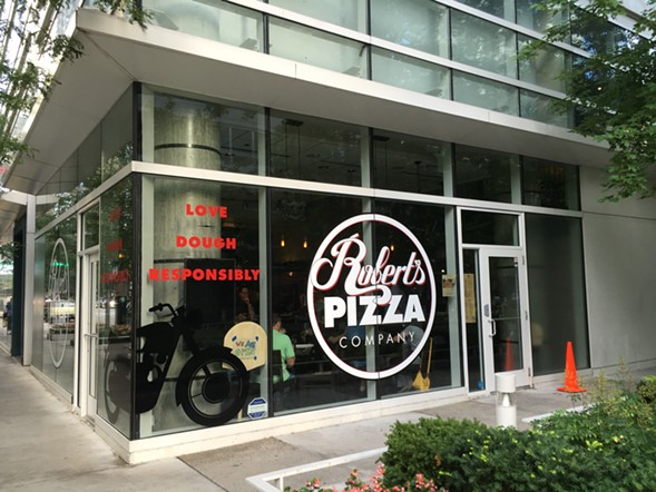 Robert's Pizza Company, Streeterville - MIKE SULA