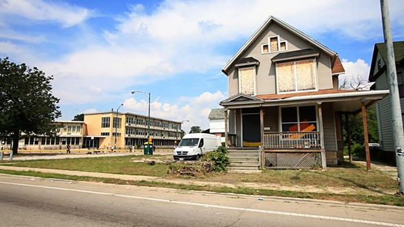 A abandoned house in Englewood photographed in 2013 - JESSICA KOSCIELNIAK / CHICAGO SUN-TIMES