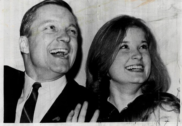 Valerie Percy in a 1964 file photo with her father, future U.S. senator Charles Percy - UPI/SUN-TIMES PRINT COLLECTION