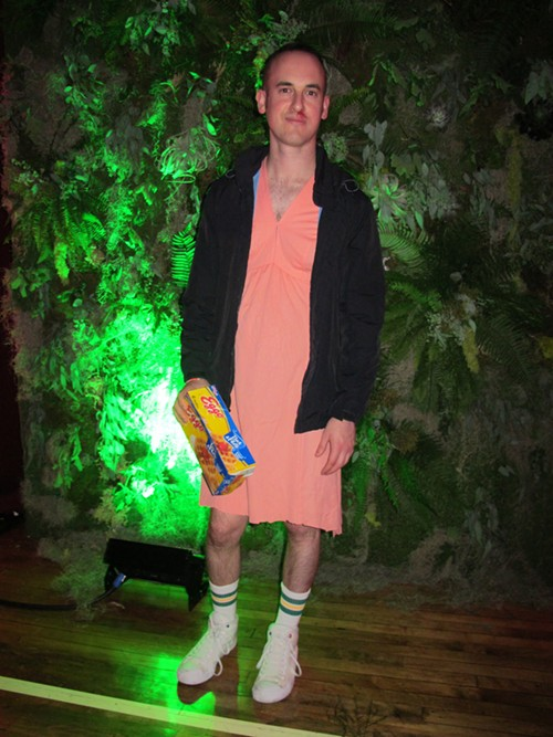 Adam, dressed as Eleven from Stranger Things - ISA GIALLORENZO