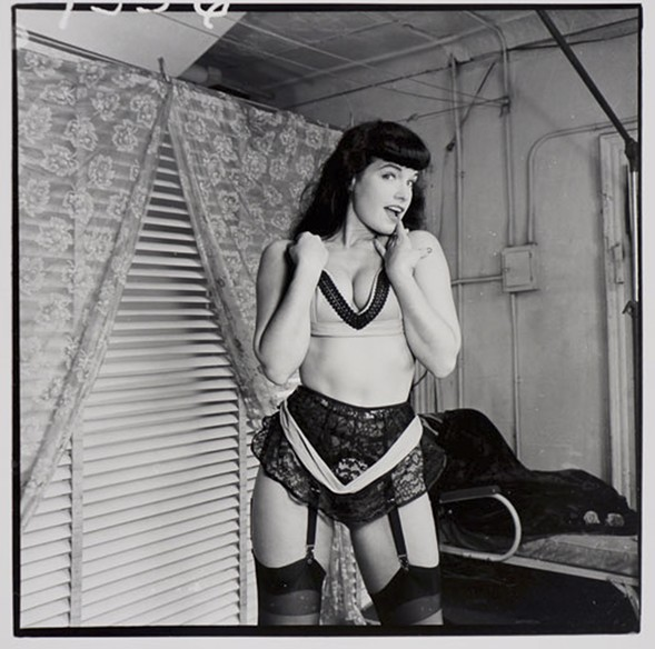 Bettie Page, 1955 - WEEGEE