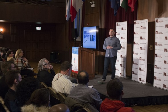 Craig Silverman at the University of Chicago's International House - UNIVERSITY OF CHICAGO INSTITUTE OF POLITICS