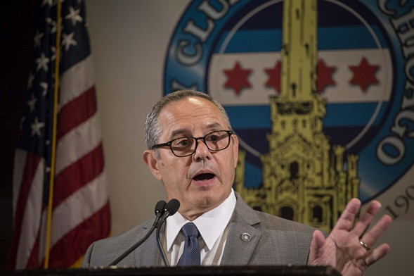 Dean Angelo Sr., president of the Fraternal Order of Police Lodge 7, speaking to the City Club of Chicago in 2016 - RICH HEIN/SUN-TIMES