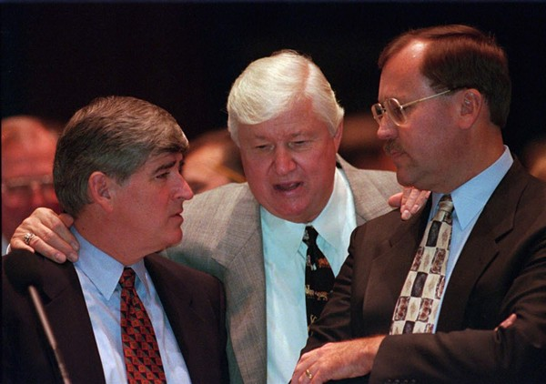 """Senate president James """"Pate"""" Philip, center, confers with house minority leader Lee Daniels, left, and another lawmaker during a special session in Springfield in 1997. - AP PHOTO/SETH PERLMAN"""