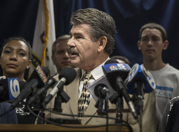 Cook County clerk David Orr speaks to the media in 2016. - RICH HEIN/SUN-TIMES
