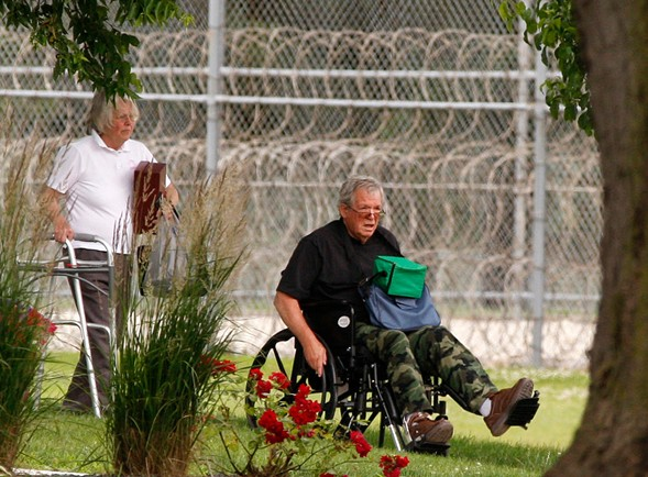 Former House Speaker Dennis Hastert reporting to the Federal Medical Center in Rochester, Minnesota, in 2016 - ANDREW LINK/THE ROCHESTER POST-BULLETIN VIA AP, FILE