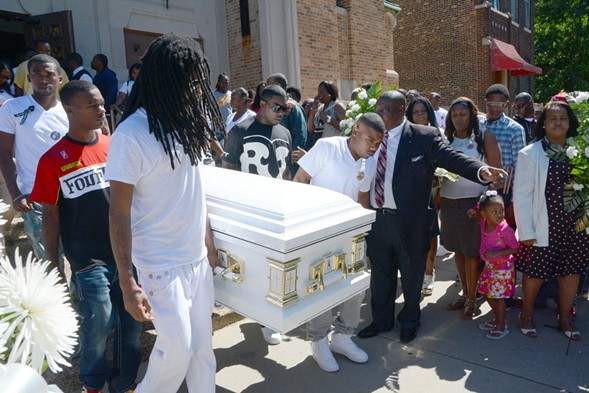 Mourners gather at Roshad McIntosh's funeral in 2014. - BRIAN JACKSON/SUN-TIMES