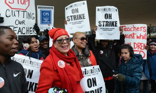Chicago Teachers Union president Karen Lewis takes part in a one-day strike called in 2016. - SUN-TIMES/BRIAN JACKSON