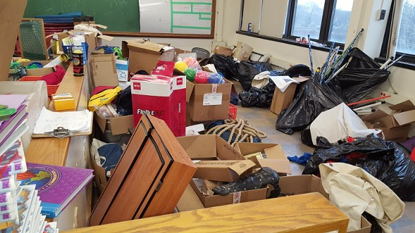 "Drake Elementary, at 2710 S. Dearborn, failed pest and bathroom categories during a 2017 ""blitz"" inspection. - CPS"