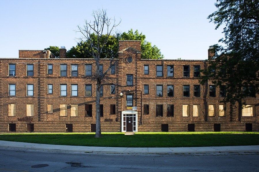 For years, the Chicago Housing Authority kept the Lathrop Homes mostly vacant and in disrepair while promising to restore the complex to 100 percent public housing. Now it's become a mixed-income community with 400 units of public housing—525 fewer than it used to have. - JASONREBLANDO