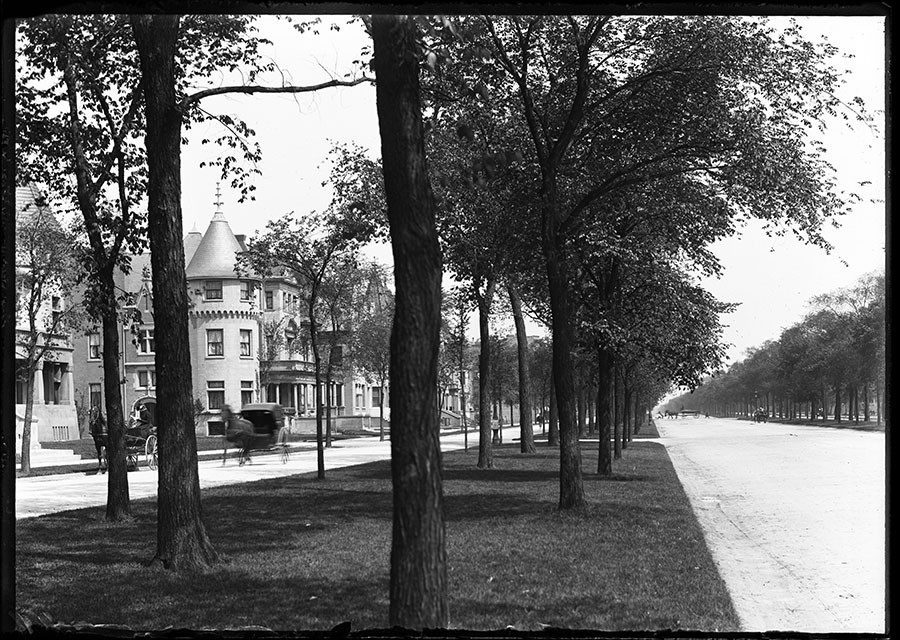 Grand Boulevard (now Martin Luther King Drive) on May 22, 1901 - RUDOLPH F. MICHAELIS / COURTESY NEWBERRY LIBRARY