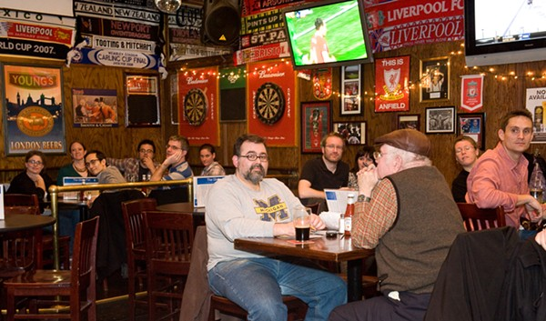 best_chicago_fire_bar-globe_pub.jpg
