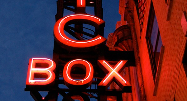 best_movie_theatre-music_box-1_copy-teaser.jpg