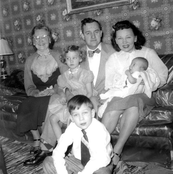 Linda Gartz, second from left, with her grandmother, parents, and siblings in 1953