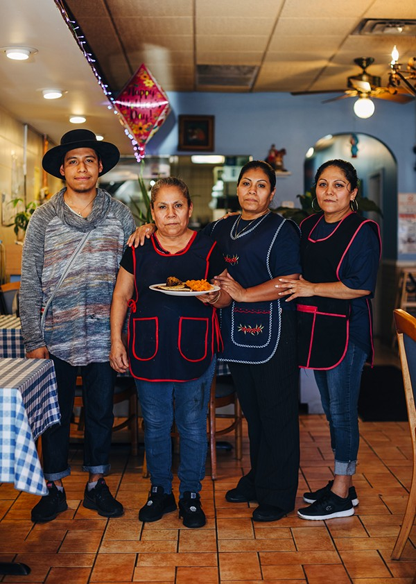 Daniel, Maria, Anay, and Susana Moso at El Sabor Poblano