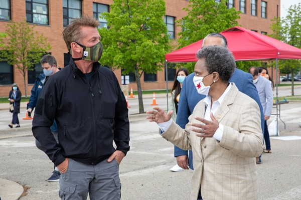 Sean Penn and Mayor Lightfoot at a May 18, 2020, news conference about COVID-19 testing sites.