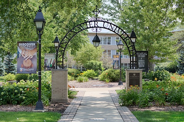 The entrance arch at Chicago's oldest college