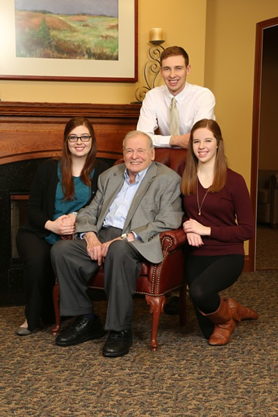 Peter Braunfeld and his grandchildren - COURTESY OF ILLINI STUDIO