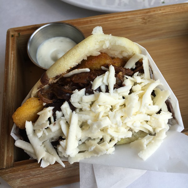 Arepa pabellón - MIKE SULA