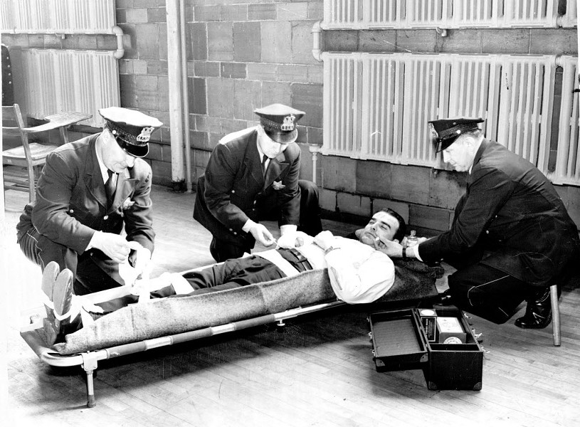A 1948 Chicago Police Department first-aid training - ED SMITH/SUN-TIMES