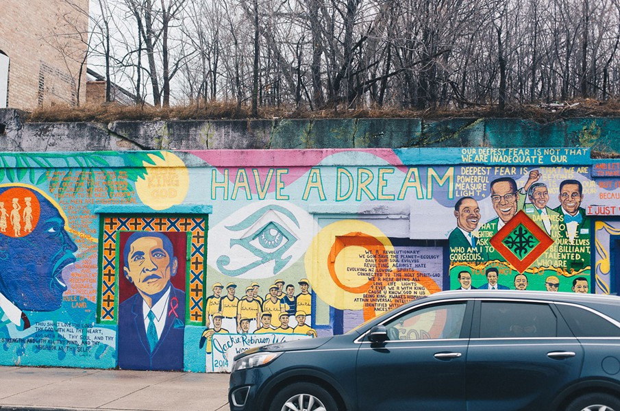 Another Bronzeville mural, this one at 40th Street and King Drive, was first painted in 1995; it was restored and updated in 2015 to add Barack Obama's likeness.