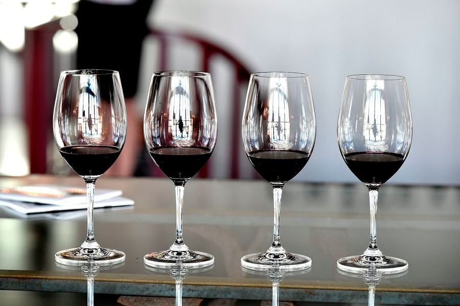 Ravenswood and Lincoln Square business and restaurants serve up vino during the Wine Stroll. - AFP/GETTY IMAGES