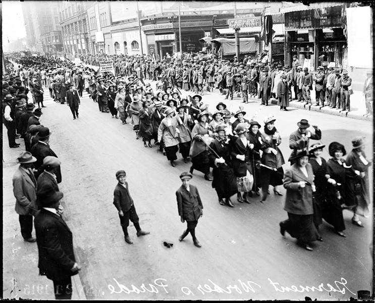 In May 1915, 10,000 garment workers marched in Chicago and joined in union organization efforts. - CHICAGO HISTORY MUSEUM/GETTY IMAGES
