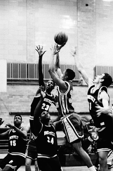 The Rough Riders play Amundsen, February 11, 1992. Terrell Redmond is number 23. - CHICAGO SUN-TIMES