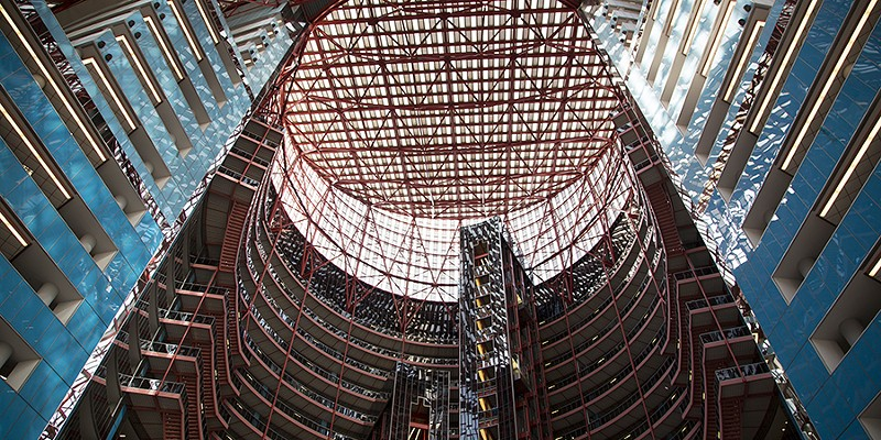 The Thompson Center is Chicago's endangered, postmodern Pantheon